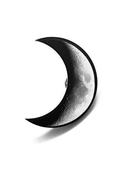 kuu pinssi