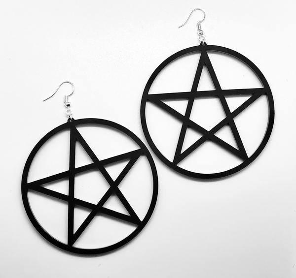 pentagrammi korvakorut